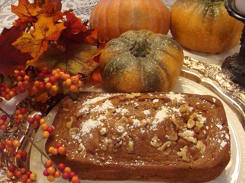 halloween-pumpkin-bread