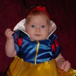 Baby-Snow-White-costume