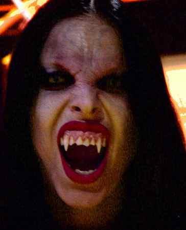 vampires makeup. Scary Vampire Makeup