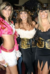 Sexy-Pirate-Costumes