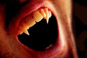 Scary Vampire Fangs