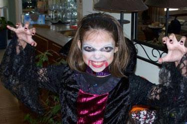scary girls vampire costume - Scary Vampire Halloween Costumes